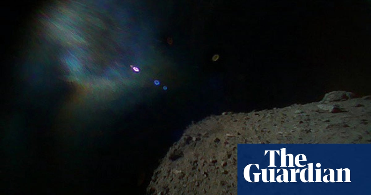 Hayabusa2: Japanese robots land on moving asteroid in world first