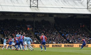 Milivojevic scores from the free-kick to pull one back for Palace.