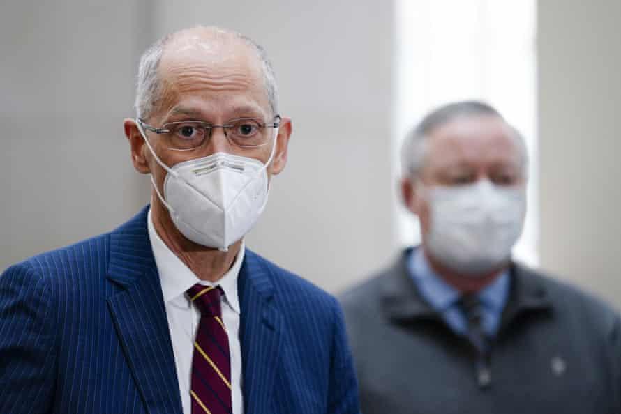 Philadelphia's former health commissioner Dr Tom Farley, left, with Mayor Jim Kenney.