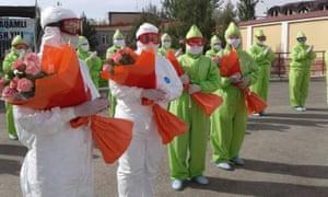 Ministry of Health officials thank hospital staff who treated coronavirus patients in Tashkent, Uzbekistan.