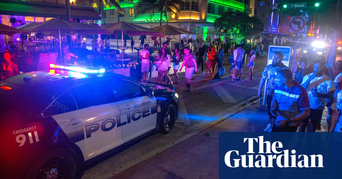 Miami Beach curfew for spring breakers prompts racism complaints