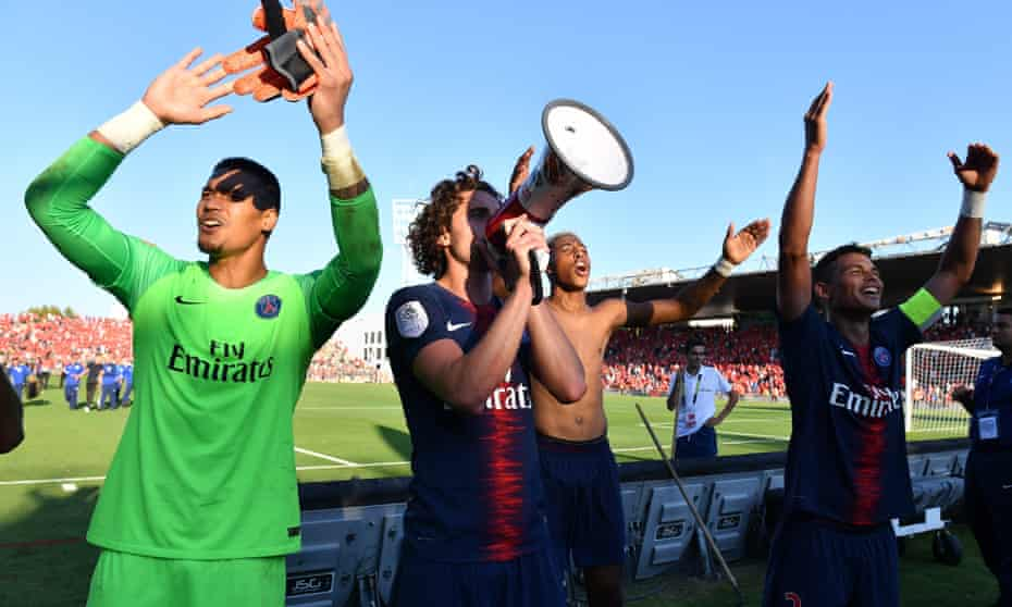 Adrien Rabiot, possibly making a come-and-get-me plea to Liverpool through a megaphone.