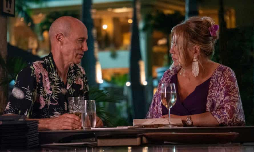 Jon Gries as Greg, at a bar with Tanya