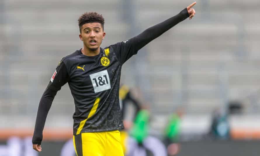 Jadon Sancho in action for Borussia Dortmund against Augsburg on 26 September.