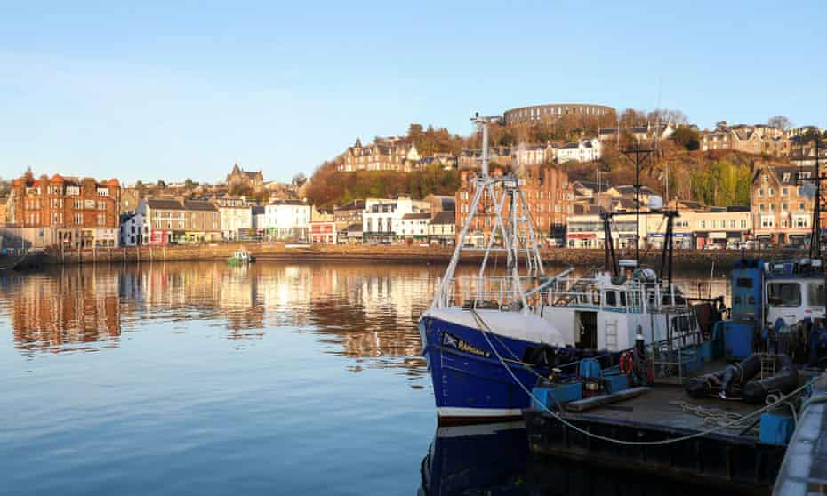 Oban Seafood Hut serves produce fresh off the boats at the town harbour.