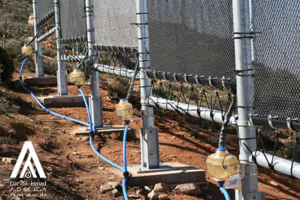 Nets capture moisture, which is collected and filtered and mixed with underground water.