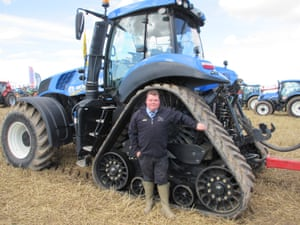 The powerful New Holland T8.435 tractor