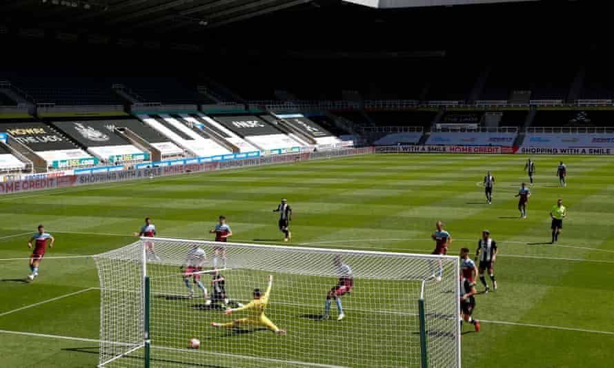 Newcastle United v West Ham
