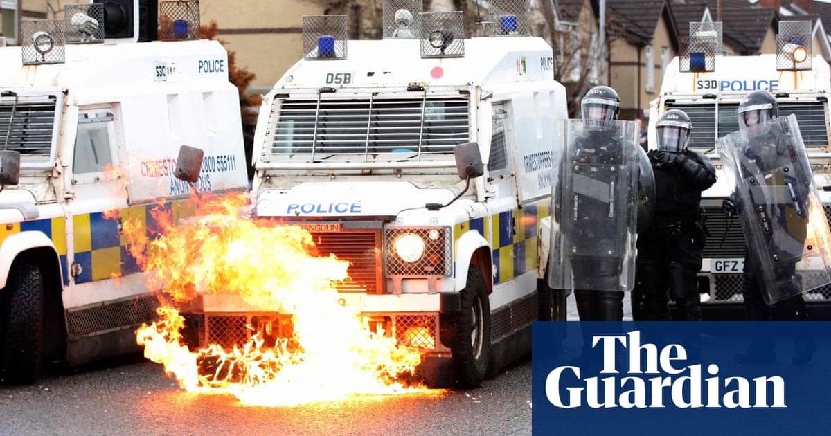 Northern Ireland police say paramilitaries not behind recent violence