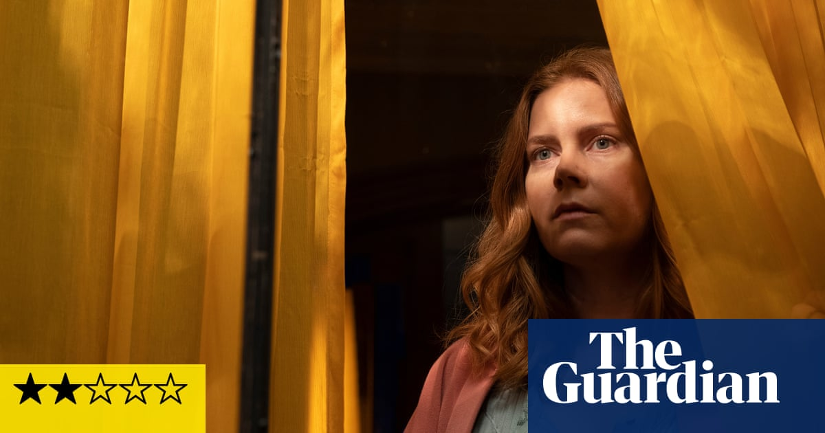 The Woman in the Window review – broken thriller is barely worth a look