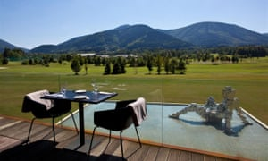 Miura spa hotel with view of hills