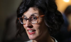 Layla Moran says the plan would be voluntary but should be met within five years.
