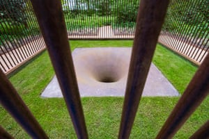 Suck caged hole sculpture by Anish Kapoor at Jupiter Artland outside Edinburgh