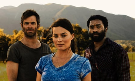 From left, Chris Pine as Caleb, Margot Robbie as Ann Burden, and Chiwetel Ejiofor as Loomis, in the film Z for Zachariah.