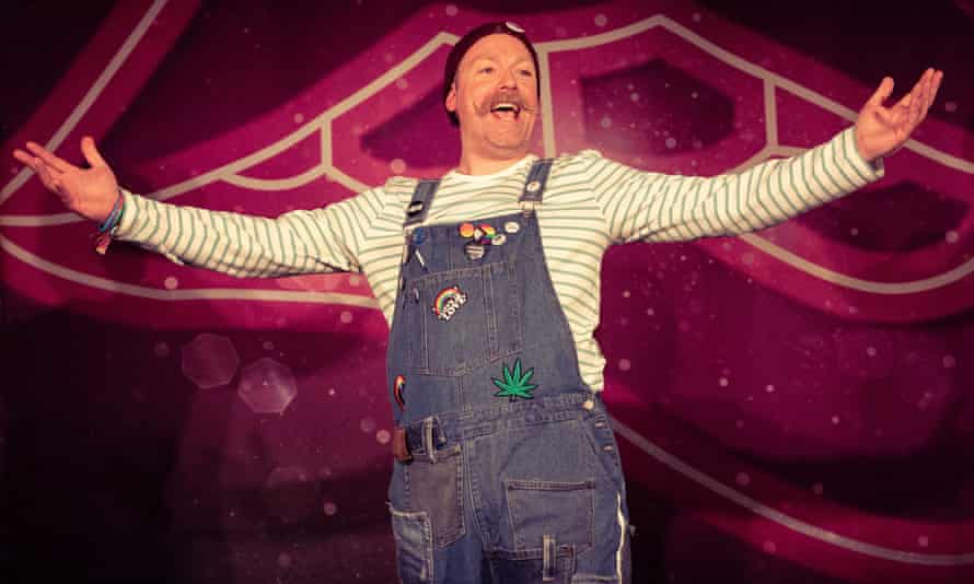 A crystal Ugg boot tale ... Rufus Hound.