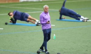 José Mourino at Tottenham training