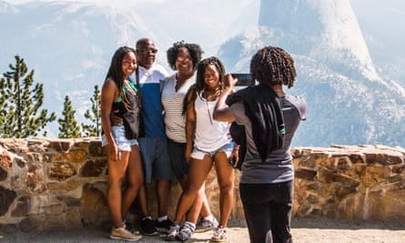 Tourists on a family trip to Yosemite national park.
