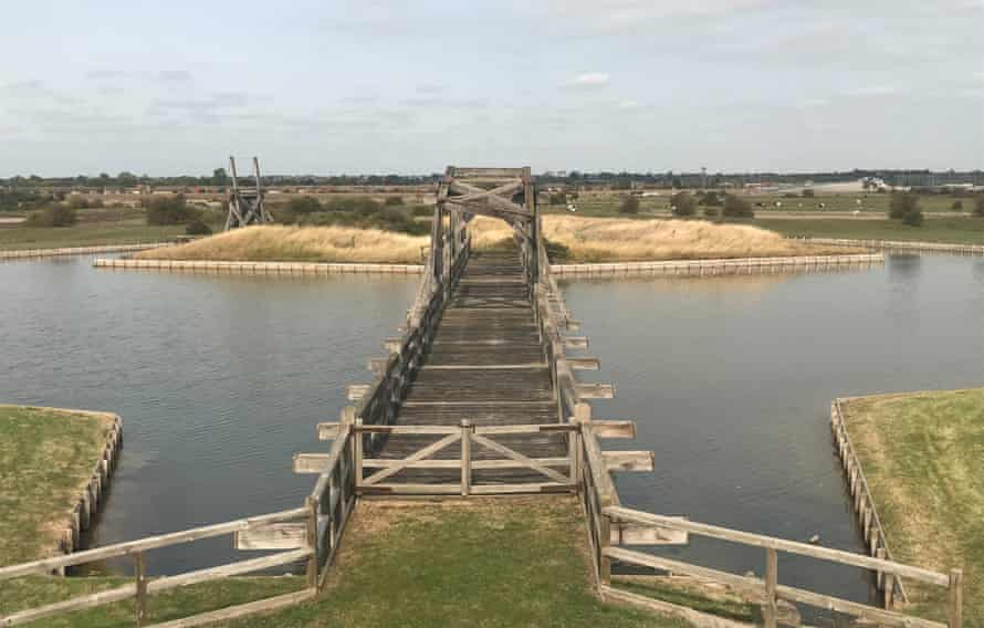 یک پل خور.