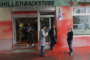 Neukölln's Schiller Backstube bakery was vandalised by a group protesting rising rents and gentrification of the neighbourhood.