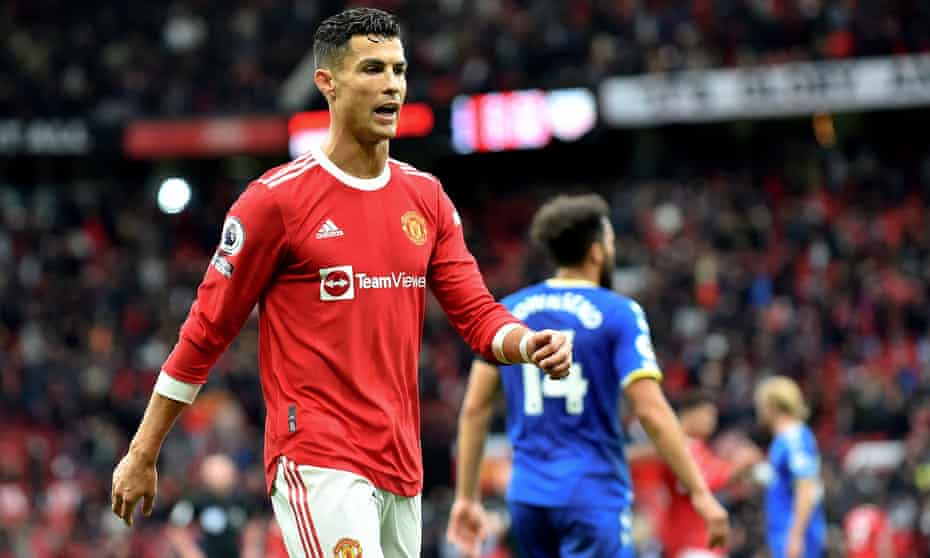 Cristiano Ronaldo currently plays for Manchester United