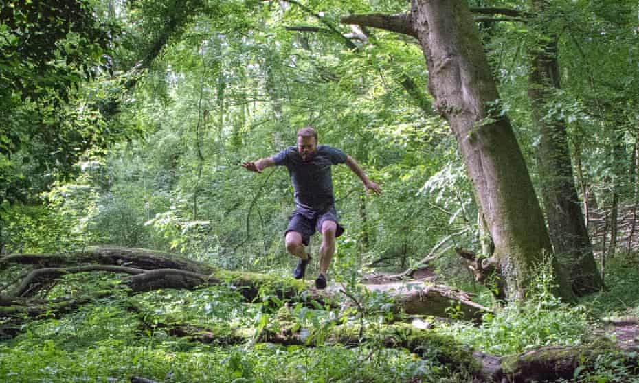 An outdoor fitness session with Wild With Nature
