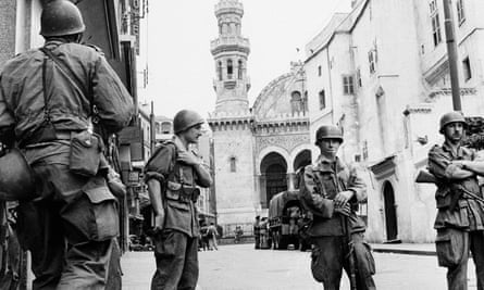 French troops seal off the Arab quarter of Algiers on 28 May 1956.
