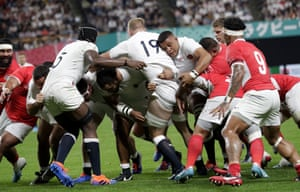 England forwards drive to the line for Jamie George to score.