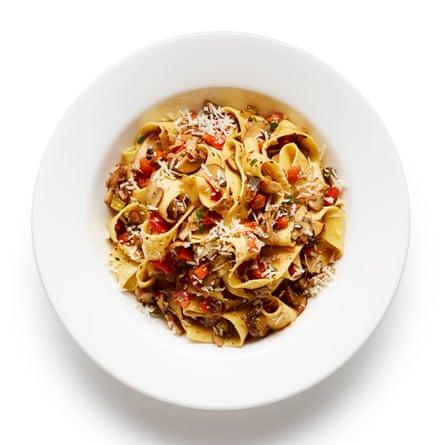 Felicity Cloake's mushroom pasta (pasta ai funghi).