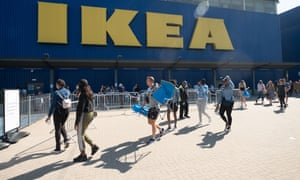 Customers outside Ikea