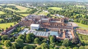 Hampton Court ariel view