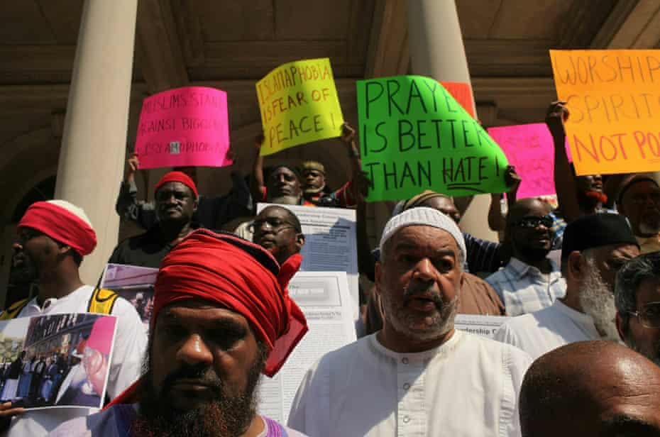 Muslim leaders and organizers of over 55 mosques participate in a news conference and protest in New York to defend the presence of mosques in the US on 1 September 2010.