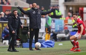 Nuno Espirito Santo, manager of Wolverhampton Wanderers, looks worried