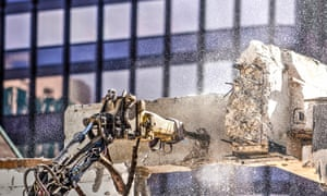 Pneumatic jackhammer separates a concrete beam at a demolition site in Rotterdam. Recycling has an 'image problem' in the industry