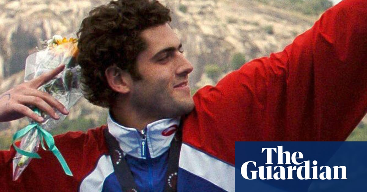Team GB drops Olympic swimming coach after welfare investigation