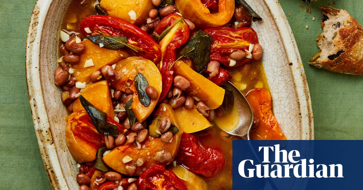 Meera Sodha's vegan recipe for squash and borlotti beans with tomatoes and sage