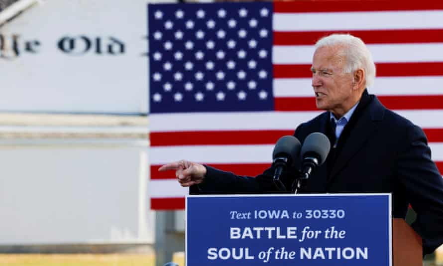 Joe Biden at a drive-in campaign stop in Des Moines, Iowa, 30 October 2020.