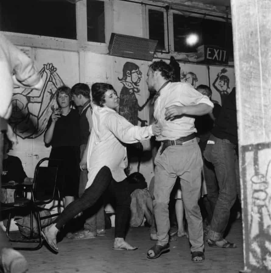 A beatnik jazz party on Eel Pie Island in August 1960