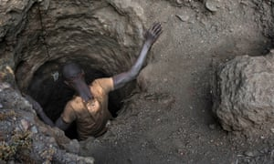 Price of a call: a cobalt miner in the Congo.