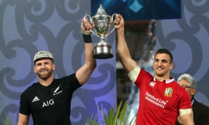 Kieran Read and Sam Warburton lift the series trophy after the drawn final Test between New Zealand and the British & Irish Lions in 2017.