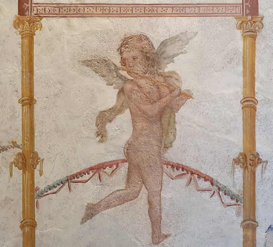 A fragment of a fresco, from Villa Arianna in Pompeii, and returned to the Museo Archeologico Libero D'Orsi, in Castellammare di Stabia.