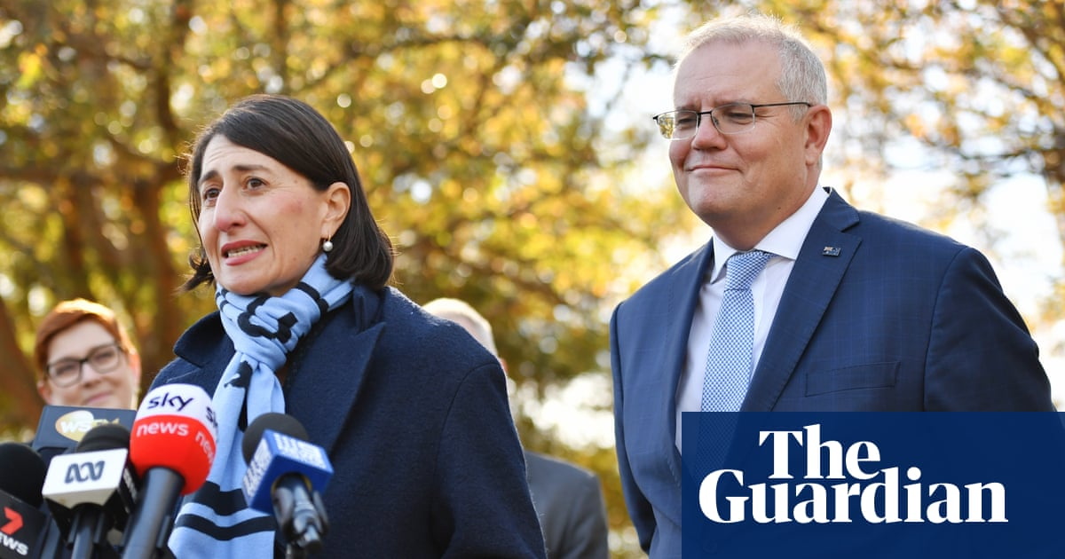 Climate pressure on Scott Morrison grows after NSW promises to cut emissions in half by 2030