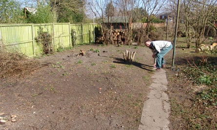 Clearing the ground for Lucy Chamberlain's vegetable garden