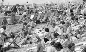 Brighton beach as temperatures in June 1976.