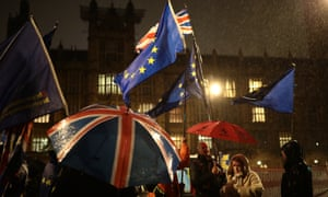 Pro- and anti-Brexit protesters outside the Houses of Parliament on 29 January