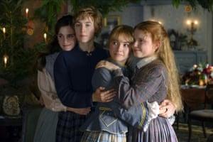 Emma Watson, Saoirse Ronan, Florence Pugh and Eliza Scanlen at the March sisters in Greta Gerwig's Little Women.