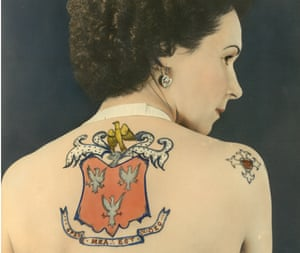 Jessie Knight with her family crest on her back.