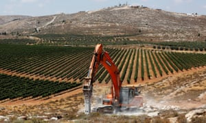 Construction work commences at Amichai, a new settlement which will house 300 Jewish people.