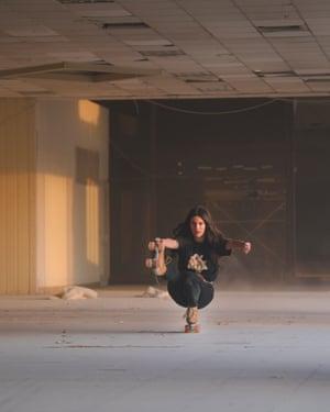 Athena Skates: Athens-based rollerskaters
