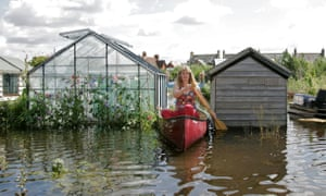 Flooding at Osney allotments in July 2007