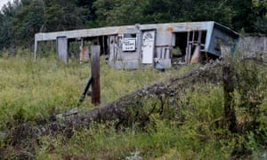 A mobile home an investor was hoping to turn into a 5 & 10 store but was unable to get started due to legal restrictions in Sandbranch, Texas on Saturday, October 7, 2017. The home is now abandoned and deteriorating. (Stewart F. House/Special Contributor)